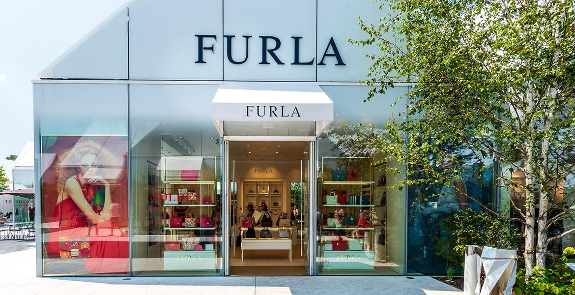 furla-outlet-the-village-outlet