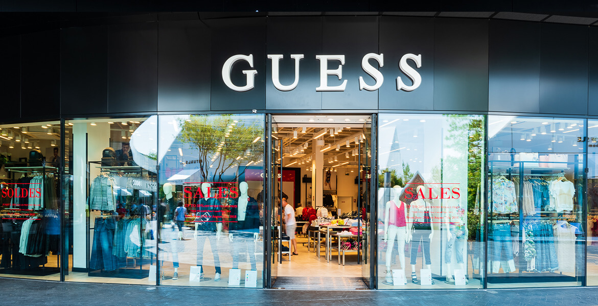 guess-outlet-the-village-outlet